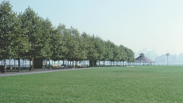 Remember the Battle of Pier A: Fund for a Better Waterfront Celebrates 25 Years of Open Space