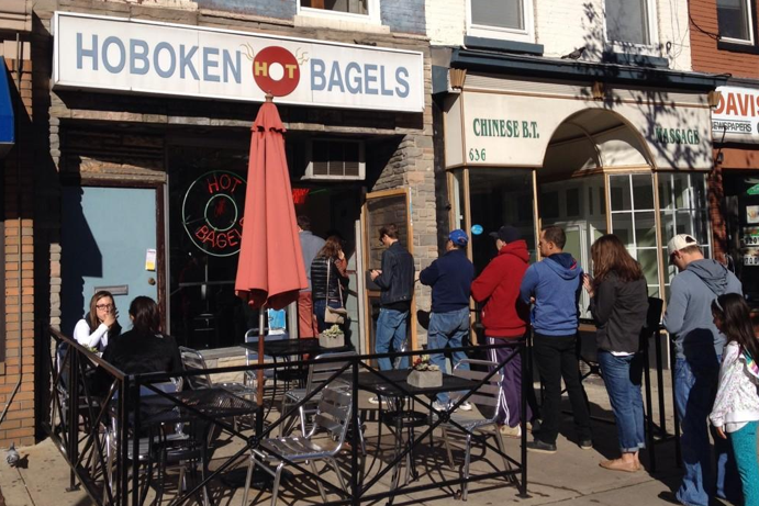 No one is waiting in line for a bagel in Oregon... because Oregon bagels suck.