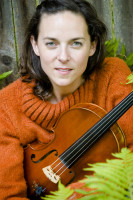 Violinist Beth Myers
