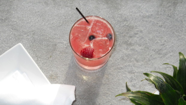 RAVE: The Fruit Cobbler Cocktail — Stingray Lounge