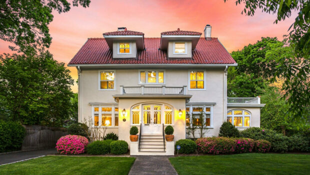 FEATURED PROPERTY: 311 Ridgewood Avenue, Glen Ridge | Gracious 6BR/3.5 BA | $1,150,000