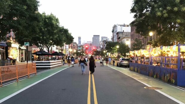 Hoboken Business Alliance Extends Summer Streets Shopping & Dining Into the Fall